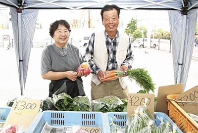 地元の新鮮野菜を直売