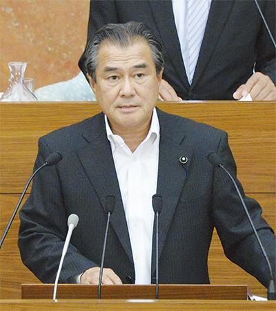 党を代表し、県政課題を質問