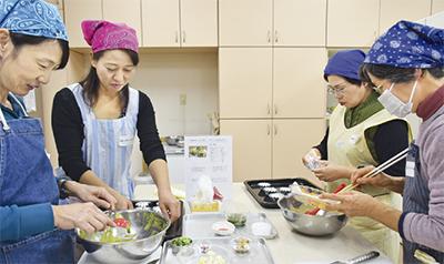 区産野菜でエコ学ぶ