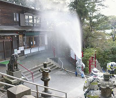 春日神社を「火から守れ」