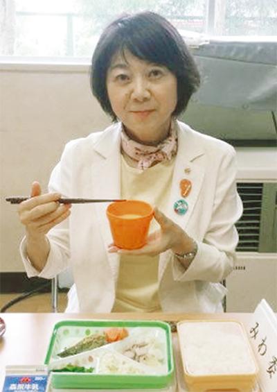 横浜の中学校昼食は「ハマ弁」にとどまるのか