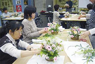 生花店によるプロの技術を気軽に学ぶ