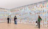 「チキンラーメン」から始まったインスタントラーメンのラインナップを展示している「インスタントラーメン ヒストリーキューブ」(上)。(住)中区新港2-3-4  開館時間は10:00〜18:00(入館は17:00迄)、火曜休館。入館料は大人500円、高校生以下は無料(館内の一部施設は別途利用料が必要)。