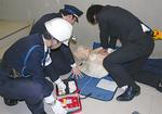 AEDを使った救助訓練(西区)