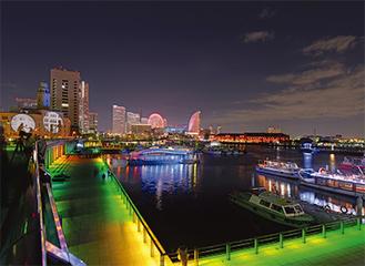 昨年の象の鼻のライトアップ(スマートイルミネーション横浜2013 撮影 アマノスタジオ)