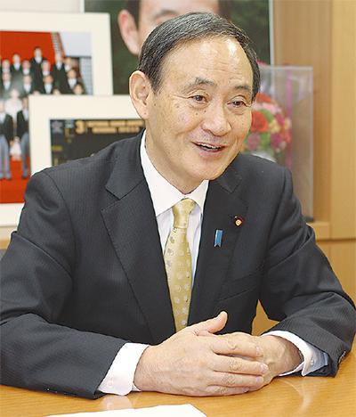 菅官房長官インタビュー 「緊張感、全く変わらず」 就任3年、心境語る