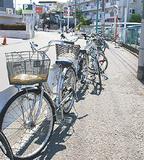 駅前の放置自転車