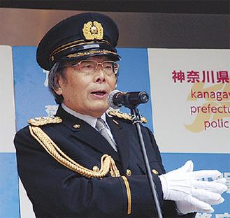1日署長の高嶋秀武さん
