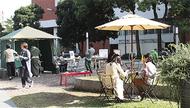 大通り公園が屋外カフェに