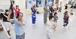 住民らによる盆踊りの練習会(8月17日サルトーレにて)