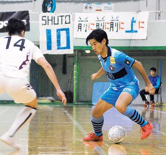 元日本代表、稲葉洸太郎選手(右)らの活躍に期待がかかる
