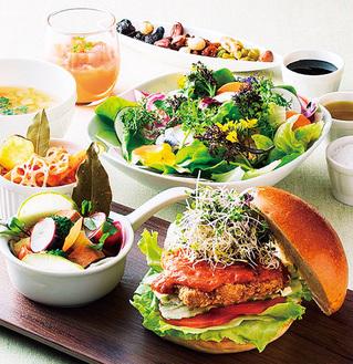 「スマートベジバーガープレート」。肉の代わりに大豆ミートを使用し、食べ応えも十分