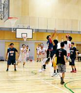 MM企業でバスケリーグ