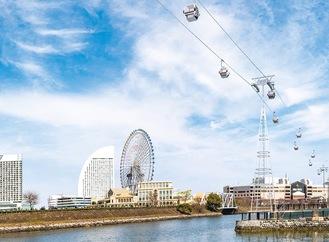 桜木町駅前と新港ふ頭を結ぶロープウェイの景観イメージ案(横浜市提供)