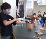 (6年生)業務用の器具を使っい、火が消えた後のペットボトル中の水蒸気の割合を測った