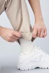 特許取得の「パチッとパンツ」裾の長さが自由自在で汚れにくい