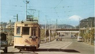 間門交差点から見た富士山 昭和40年(1965年)