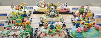 ケーキで交通安全PR