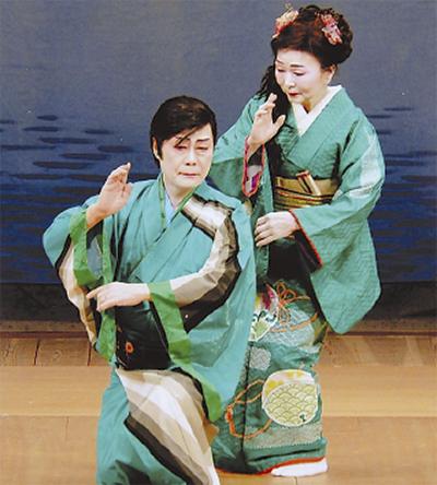 関内ホールで舞踊の発表会