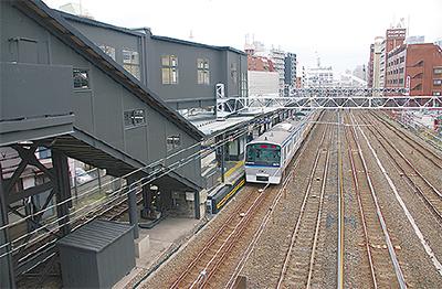 平沼橋駅が改装
