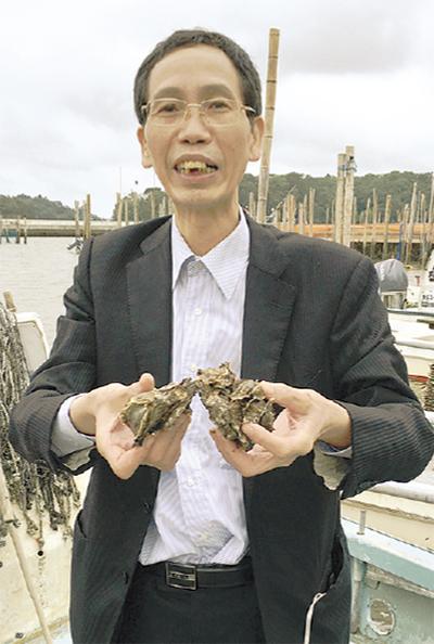 「浜の牡蠣小屋」2周年