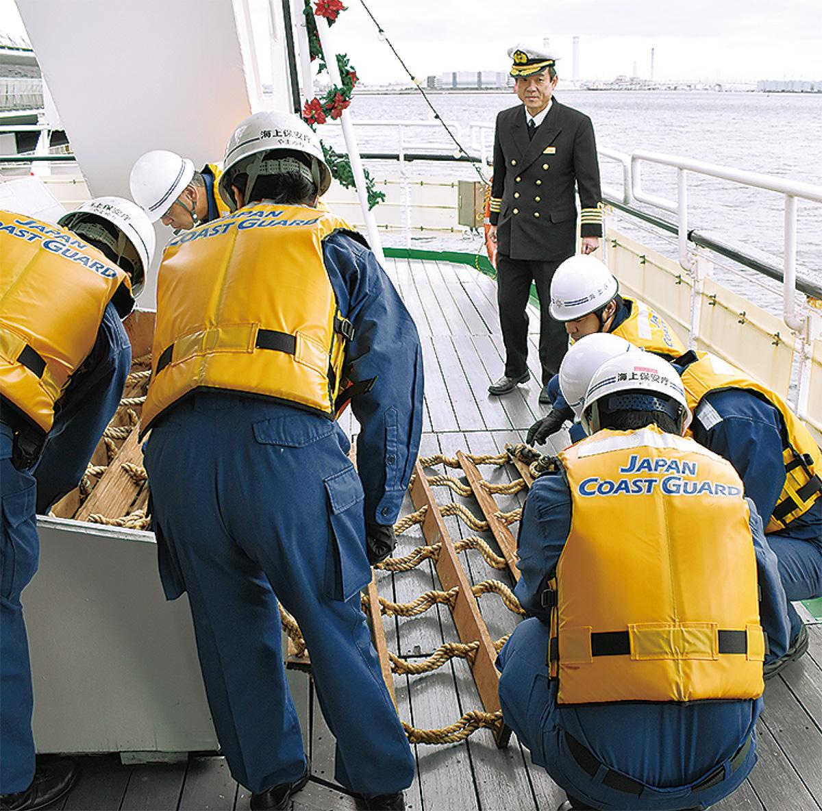 旅客船を安全指導