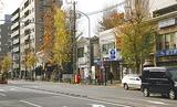 現在の蒔田地区には地下鉄蒔田駅をはじめ、南区役所などもある