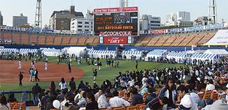 来季も本拠地となる横浜スタジアム(写真は11月のファン感謝祭)