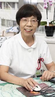 センター病院の看護部長を務める折津さん