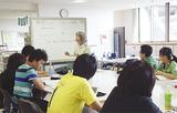 ボランティア団体から日本語などを学ぶ中国人も多い