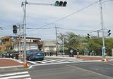 車道と歩道が広くなった井土ヶ谷橋