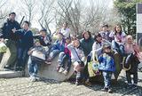 課外活動で笑顔を見せる信愛塾の子どもたち