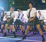 制服姿で踊る清陵総合高ダンス部