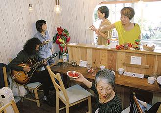 16日にオープンした「asari cafe」