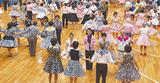 ダンスを楽しむ人々(写真はイメージ)