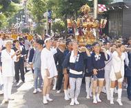 市内屈指の神輿渡御