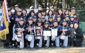 平戸イーグルスの選手ら