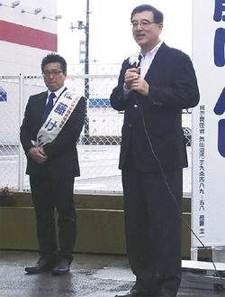 気仙沼市の佐藤市議(左)と一緒に復興支援に取り組みます