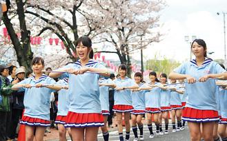 桜まつりでの演技
