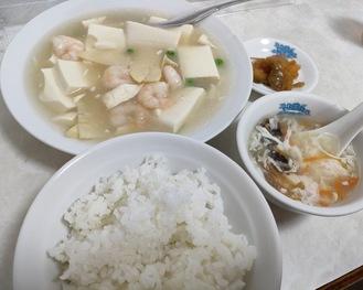 海老と豆腐の煮込み定食(700円)