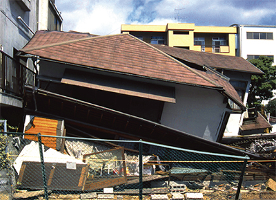首都圏直下型地震、4年以内70%の試算も