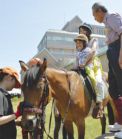 笑顔満開の乗馬体験