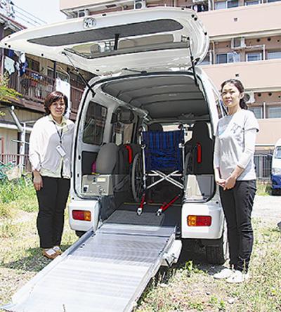 日本財団の助成で車両