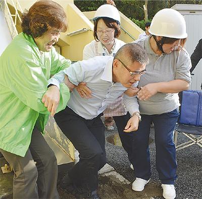 町内会と合同避難訓練