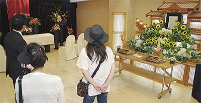 葬祭ホールを開放し見学会