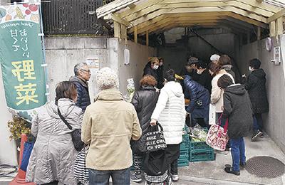 唐沢で初の「マルシェ」