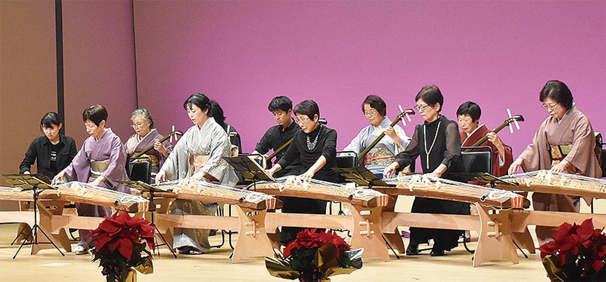 伝統音楽に親しむ