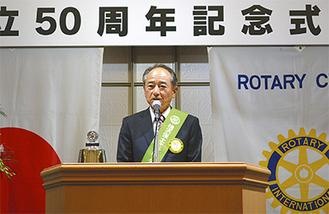 今後の活動への意欲を語る石田会長
