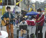 ステージで歌う和音のメンバー