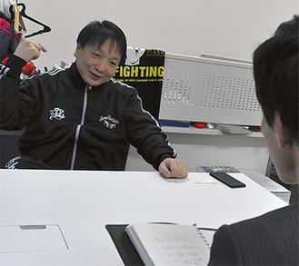 ボクシング界を熱く語る大橋さん